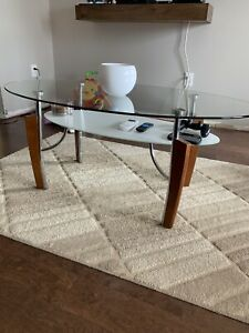 Very well cared for, Modern coffee and end tables