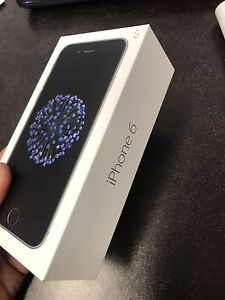 Selling iPhone 6 -64gb cracked screen