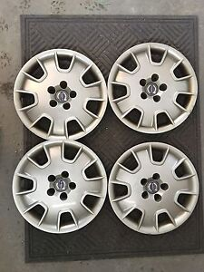 """4 - 16"""" Volvo Hubcaps for  sale"""
