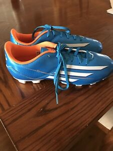 Kids Size 6 Adidas Soccer Shoes - Brand New