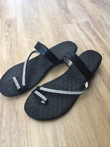 Wanted: Ladies shoes sandals size 7
