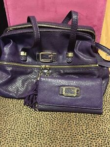 Guess purple purse with matching wallet
