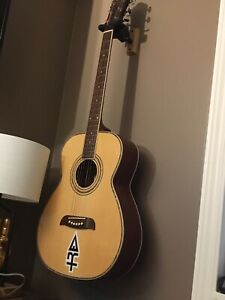 3/4 size Washburn guitar