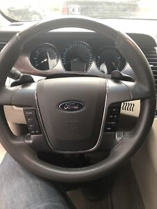 2010 Ford Taurus LIMITED AWD FULLY LOADED
