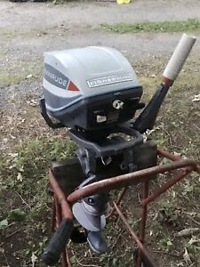 6 HP EVINRUDE with TANK &  HOSE