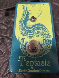 EarthQuaker Device Tentacle octave pedal