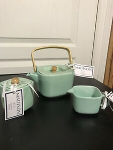 CUTE TIFFANY TEAL MADISON TEAPOT SUGAR AND CREAMER SET BRAND NEW
