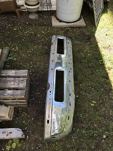 Front bumper from 02 dodge diesel