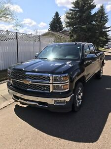 2015 Chevrolet Silverado LTZ 1500 Low KM