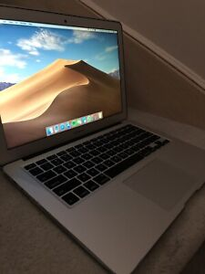 Macbook Air Mid 2013 Model 10/10 Condition w/ Box and Charger