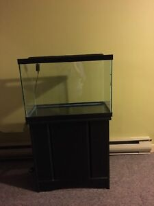 Aquarium - 20 Gallon Tank & Stand with many Accessories