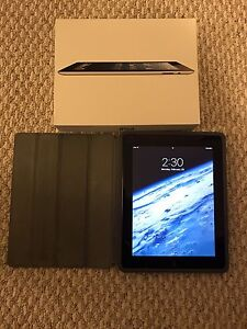 4th Gen Apple IPad 16 GB