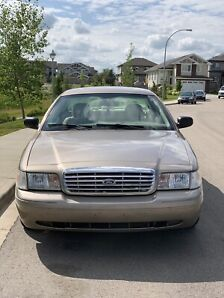 2006 Ford Crown Vic LOADED