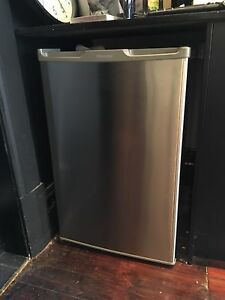 Bar Fridge- Hisense Stainless Steel College Park Norwood Area Preview