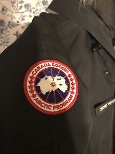 Canada Goose Chilliwack Bomber STEAL