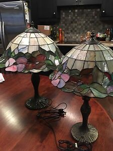 Coordinating Tiffany style lamps
