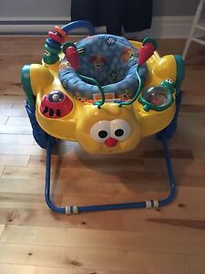 Soucoupe/exerciseur Fisher Price