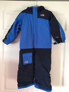 North Face insulated jumpsuit (one piece snowsuit) size 3