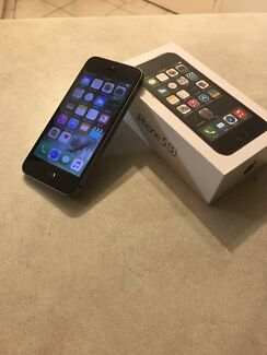 APPLE IPHONE 5S 16GB MOBILE PHONE IN BOX