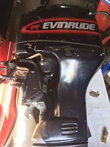 1998 Evinrude 25 hp outboard electric start