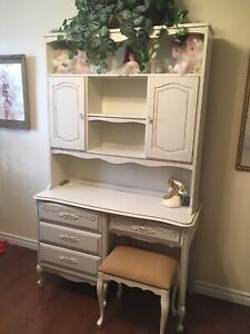 French Provincial bedroom set-  $600 OBO