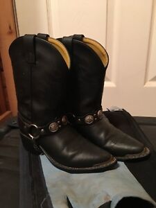 Youth Cowboy boots size 2