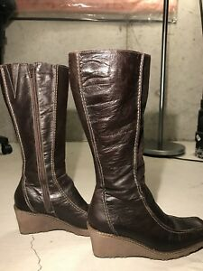 Women's leather zip up boots leather