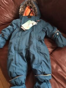 Brand New Baby Snowsuit/size 6 months/-35 degrees