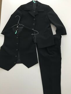 Boys formal 3 piece suit - size 3 - as new