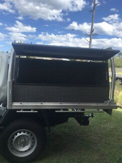 Wanted: Selling 2 steel toolboxes