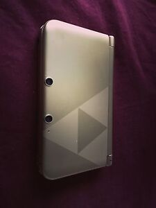 3ds XL Zelad edition with 8 games!