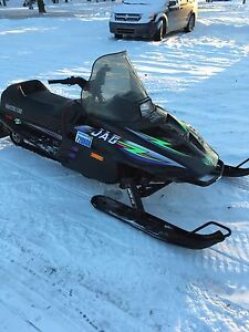 WANTED SNOWMOBILES AND ATVs CASH PAID $$$
