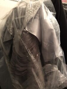 Anne Klein Mother of the Bride dress