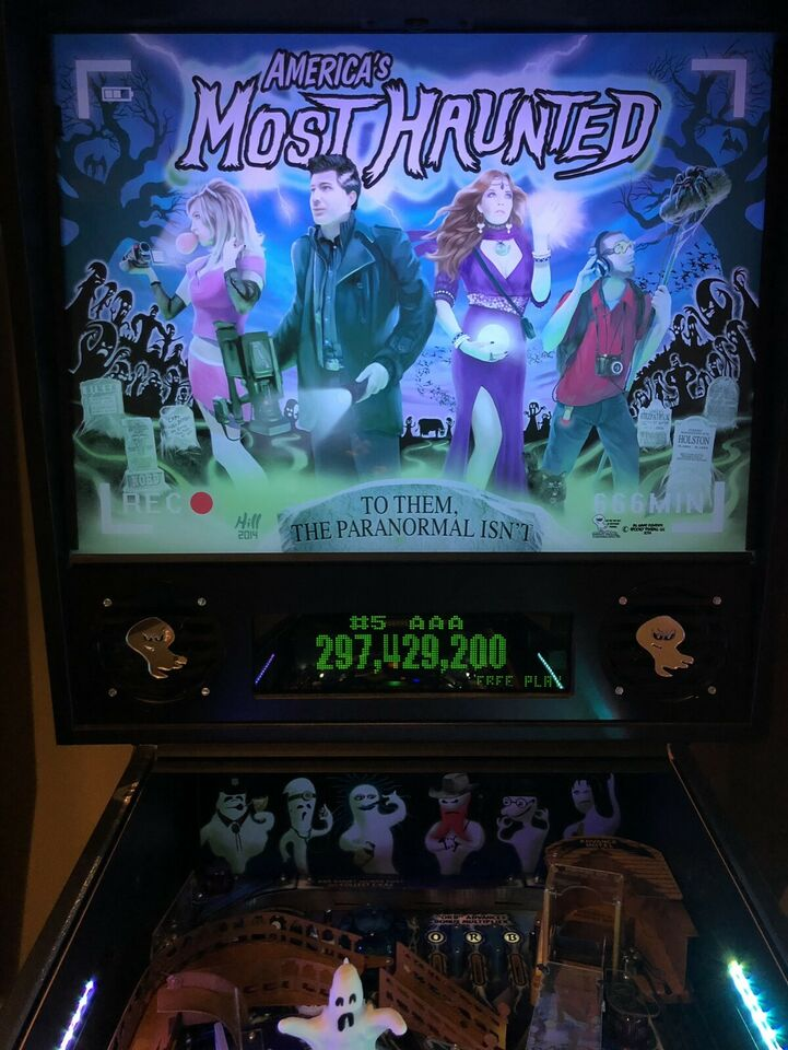 SOLD - Spooky Pinball - America's Most Haunted | Pinball