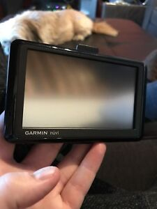 Garmin Nuvi GPS System in excellent condition