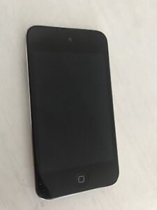 iPod touch 4 (8gb)