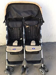 TWIN PRAM ( VALCO-DD-LAY ALLWAY) Liverpool Liverpool Area Preview