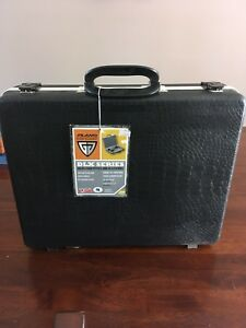 Plano Gun Guard 4 pistol case