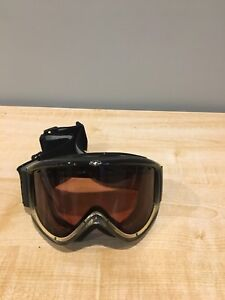 2 pairs Smith goggles