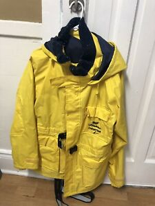 Set of 2 sailing suits