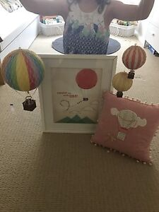 Hot air balloon themed items for children's bedroom Caringbah Sutherland Area Preview