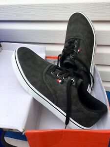 Brand new men sneakers size 9.5