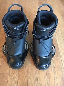 Ronix One wake board boots - size 11