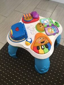 Fisher price Laugh and Learn activity music play baby table