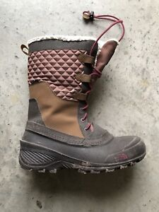 North Face Winter Boots Size 6