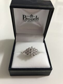 Wanted: Sterling silver zirconia ring