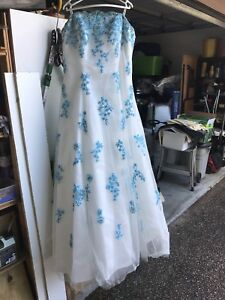 Formal Dress - size 20 Merrimac Gold Coast City Preview