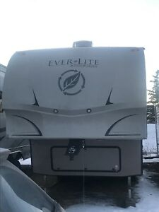 2011 EverGreen EverLite 30RLS Financing Available Bitcoin Accep