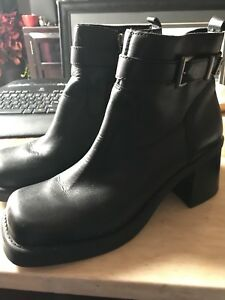 Woman's size 11 Harley boots