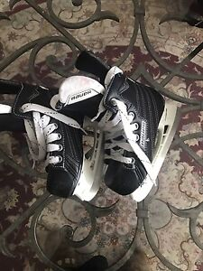 Boys 4-5 years old shoes skates for sale